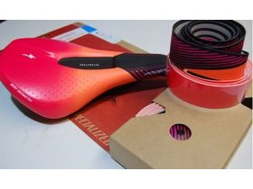 Specialized Mimic Women's Power Expert Down Under Ltd Edition/With Bar Tape